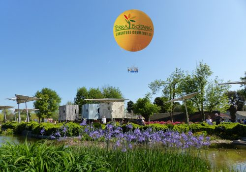 Terra_Botanica_-_Ballon_captif_-_Terra_vu_du_ciel_-_Coeur_du_parc